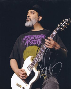 Kim Thayil in-person autographed photo