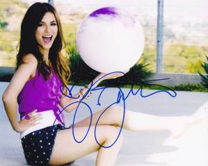 Victoria Justice In-person Autographed Photo
