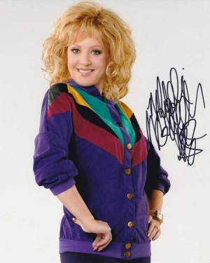 Wendi McLendon Covey in-person autographed photo