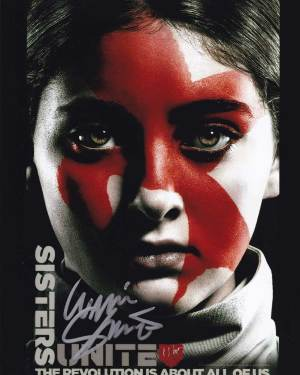 Willow Shields in-person autographed photo