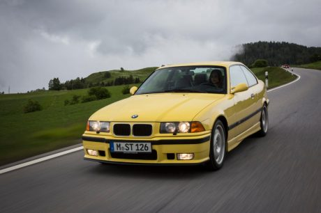 P90233266_highRes_the-bmw-m3-coup-e36-