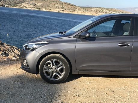 Hyundai_i20_autoholix_31