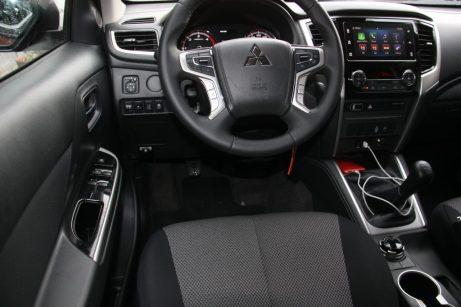 Mitsubishi L200 Autoholix 028
