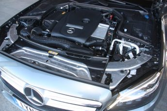 Mercedes-Benz C180 Auto 016