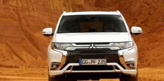 Mitsubishi Outlander PHEV(9)