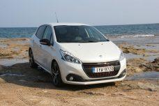 Peugeot_208_1.5_autoholix.05