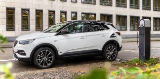 Opel Grandland X Hybrid 02