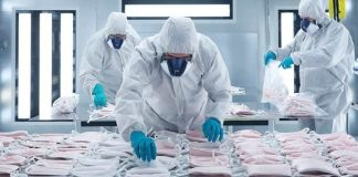 SEAT manufactures surgical masks at its Martorell plant