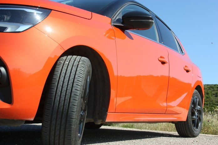 Opel Corsa 1.5D 102 PS autoholix 33