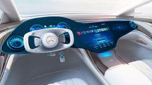 Mercedes-EQS-MBUX-Hyperscreen-
