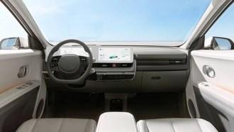 2022-Hyundai-Ioniq-05-interior