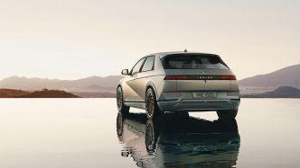 2022-Hyundai-Ioniq-5-rear