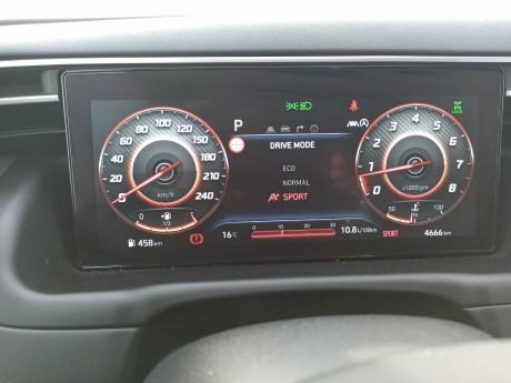 Hyundai Tucson 1.6 T 48V Hybrid 180 PS 4WD autoholix 024