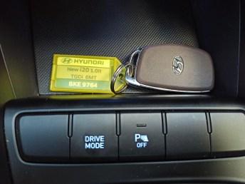 Hyundai i20 1.0 100ps autoholix 12