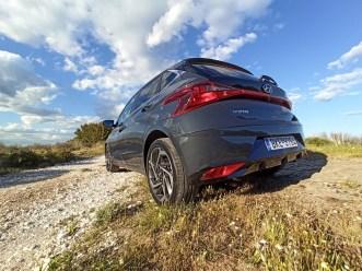 Hyundai i20 1.0 100ps autoholix 31
