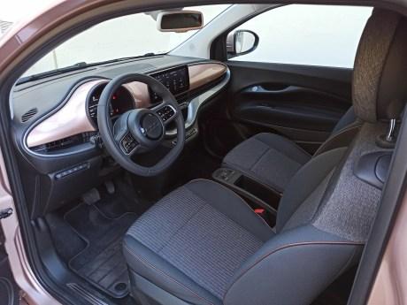 Fiat 500e autoholix.12