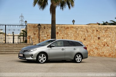 Toyota Auris 02 Galerie Touring sports