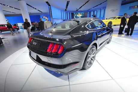 Ford mustang 2015 16 NAIAS 2014