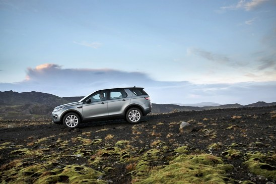 Land Rover discovery Sport05 Scotia Grey