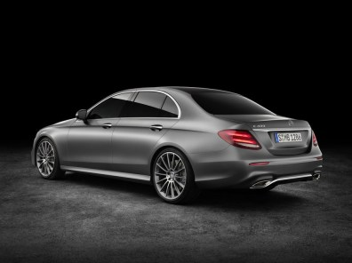 new-2017-mercedes-benz-e-class-leaked-photo-gallery_12 (1)