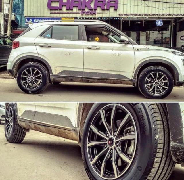 Hyundai Venue Alloy wheels