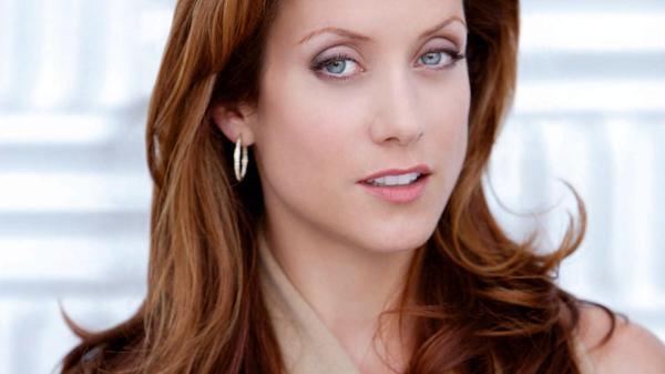 Kate Walsh e la sua onerosa vendita - Seriespedia