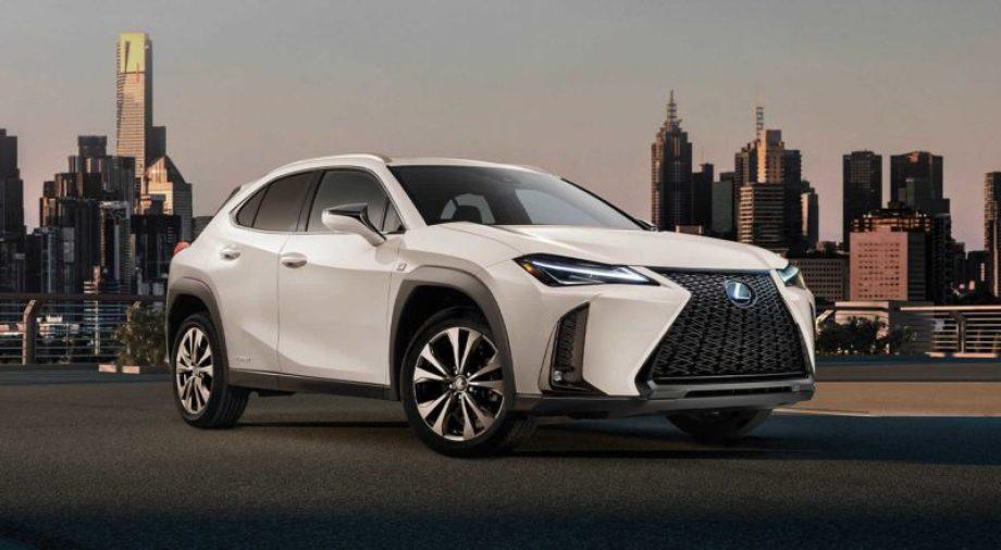 新型UXの新車車両本体価格は380万円~530万円程になる?