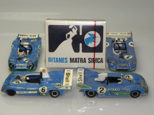 Matra aux couleurs Gitanes et son paquet de cigarettes promotionnel !