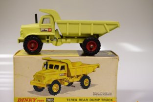 Camion benne Dinky Toys