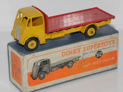rare  version  de Guy Dinky Toys
