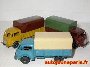 Ford bâché 25 J roues zamac