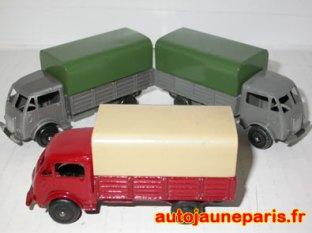 Dinky Toys Ford bâché 25 J