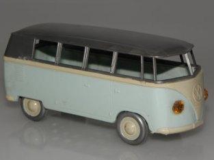 Volswagen Kombi 1/42