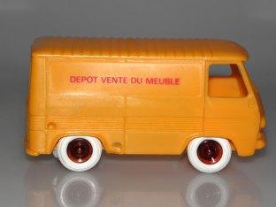 Bourbon Peugeot J7 fourgon depot vente du meuble