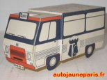 Peugeot J7 minibus à découper