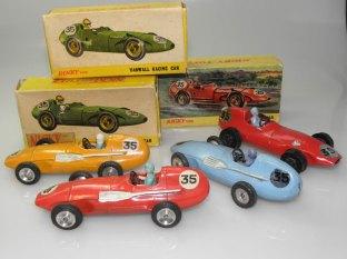 Vanwall Nicky Toys et Dinky Toys Indes