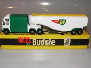 BudgieToys AEC Air BP