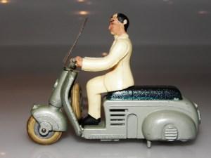 Solido Lambretta avec orifice pour le passage du mécanisme obstrué