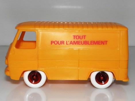 """Bourbon Peugeot """"Tout pour l'ameublement"""""""
