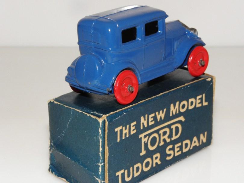 Barclay Ford A en boîte