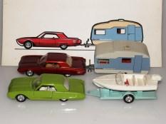 Solido Ford Thunderbirds avec caravane Tekno et remorque avec canot