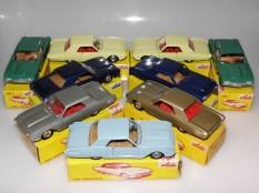 Ensemble de Solido Ford Thunderbird avec phares en strass