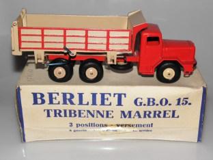Quiralu Berliet tribenne.