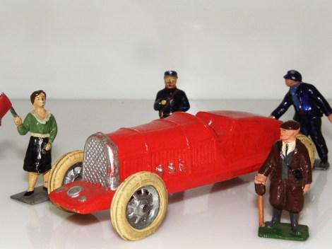 LR-Bugatti préparatif avant le départ