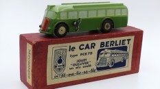 Gulliver Berliet-pck7D car bicolore mécanique