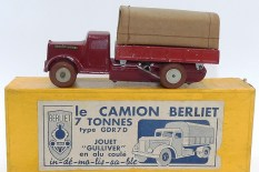 Gulliver Berliet bâché mécanique
