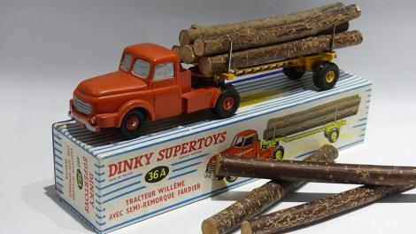 Dinky Toys Willeme fardier prototype en... bois