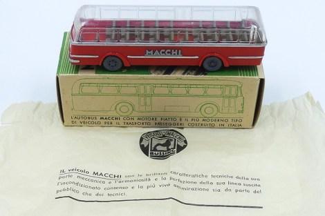Wiking Macchi car