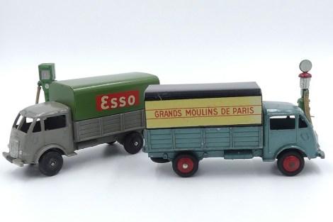 Dinky-Toys Ford ridelles bâché Esso et Pré série du Grands Moulins de Paris