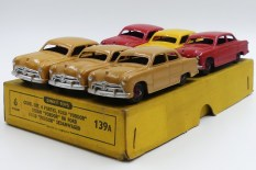 Dinky Toys Ford Fordor